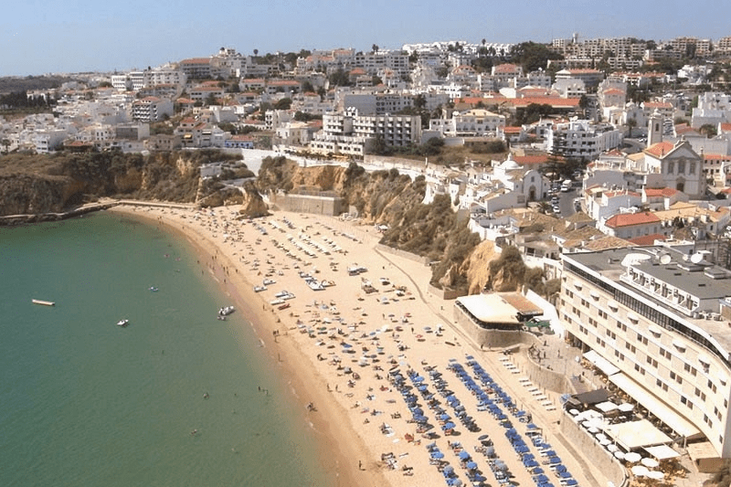 Private transfers to Albureira