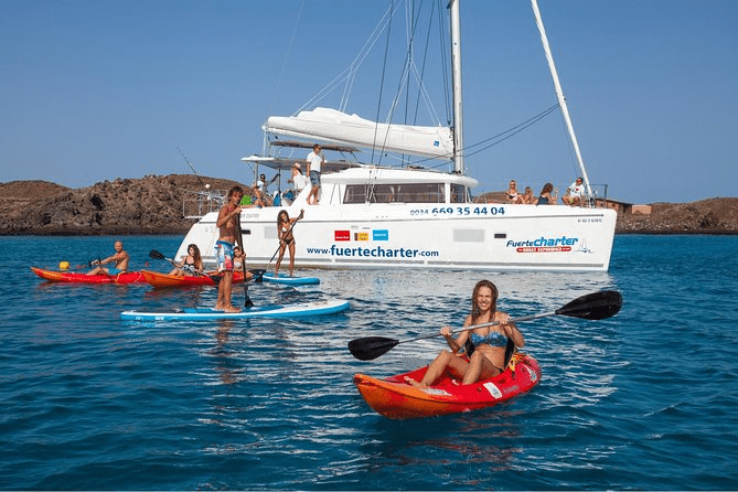 3 hour boat trip around Fuerteventura
