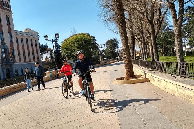 Muria bike tour